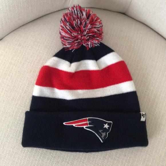 8abf02d4cd58d8 🏈NFL New England Patriots 🏈Pom hat. M_5c45df77aa5719ad25ad35ee